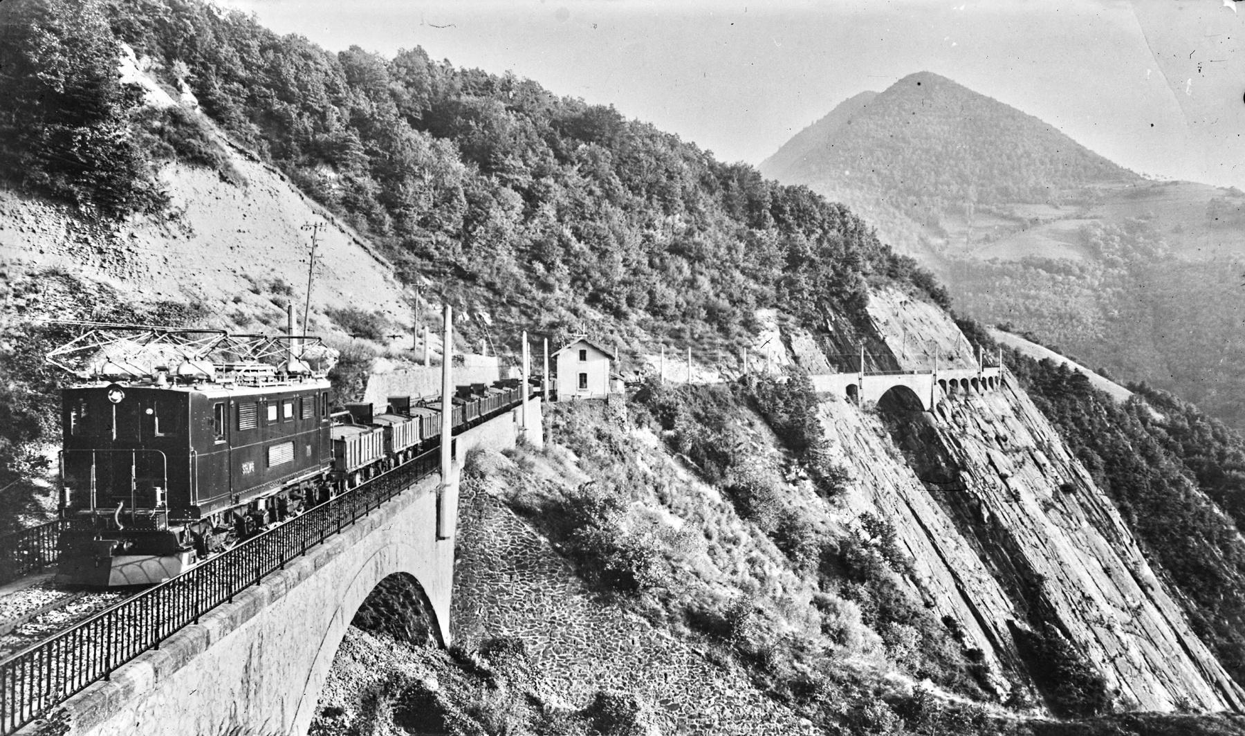 train-de-la-mure-rivoire-iseremag%C2%A9M.Dauphinoisjpg.jpg